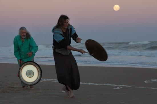 Sound Healing. Cypress Health Institute. Photo: Jimmy Baikovicius